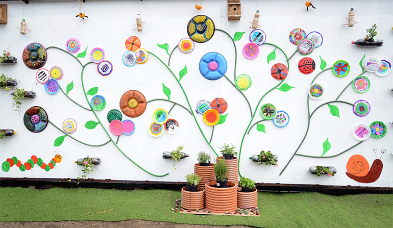 Wall Decoration At School : Ivor goodsite hoarding competition winners announced